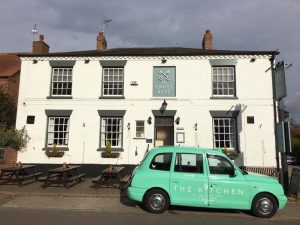 taxi-and-pub